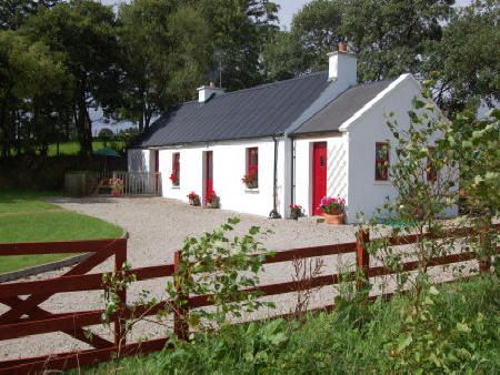 alder cottage letterkenny self catering cottage in. Black Bedroom Furniture Sets. Home Design Ideas
