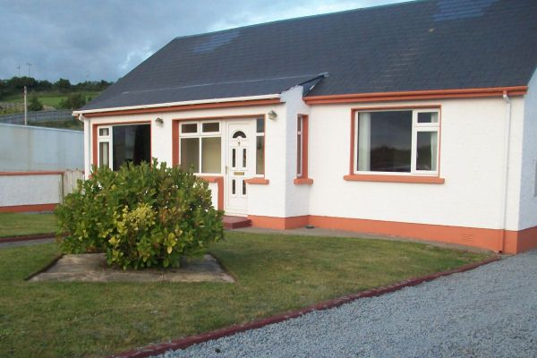 Beach House - Buncrana, Buncrana