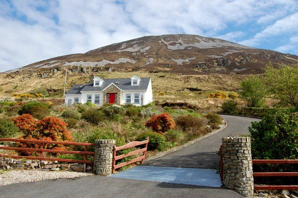 Dunlewey Lodge - Dunlewey Co Donegal Ireland