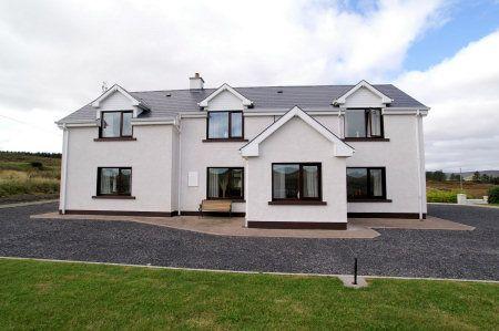 Lochnamanfin House - Ardara
