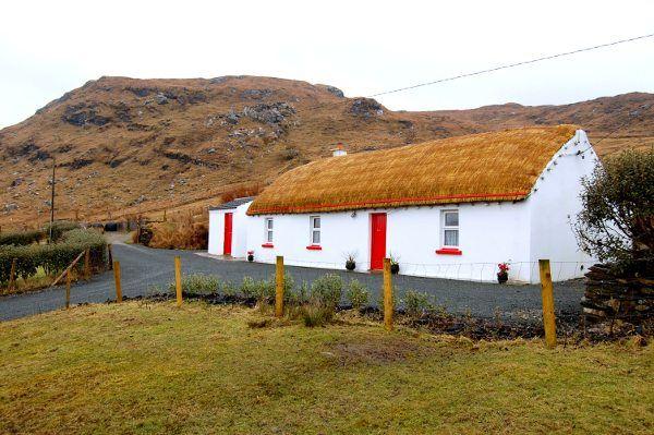 r coast ireland self cottages antrim catering