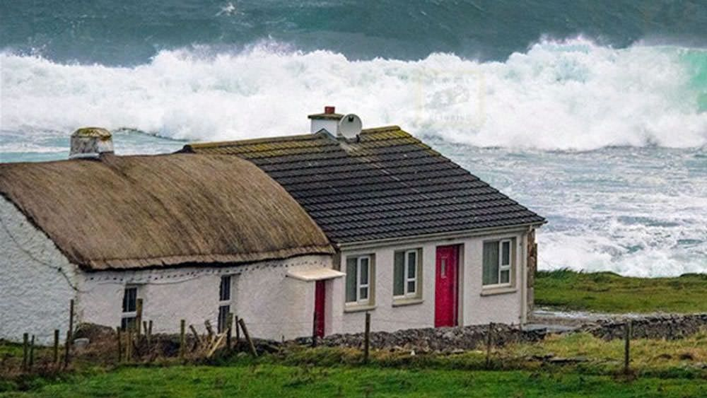 Pebble Beach Cottage, Malin Head