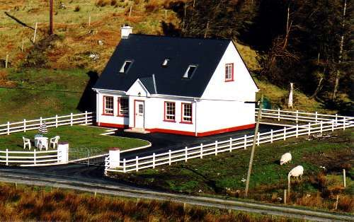 Portnacross Seaside Cottages - Killybegs
