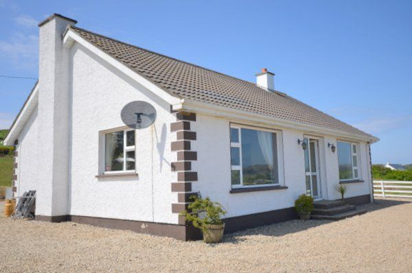Rosies Cottage - Moville