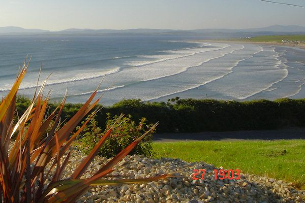 Surfers Paradise Front Line Rossnowlagh, Rossnowlagh
