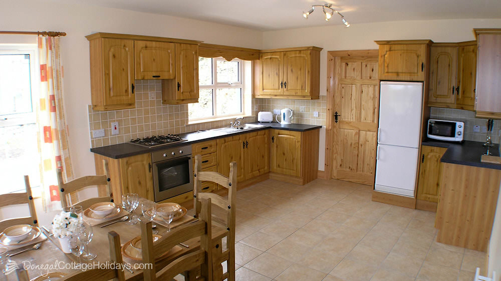Otway Cottages Donegal - fully equipped kitchen