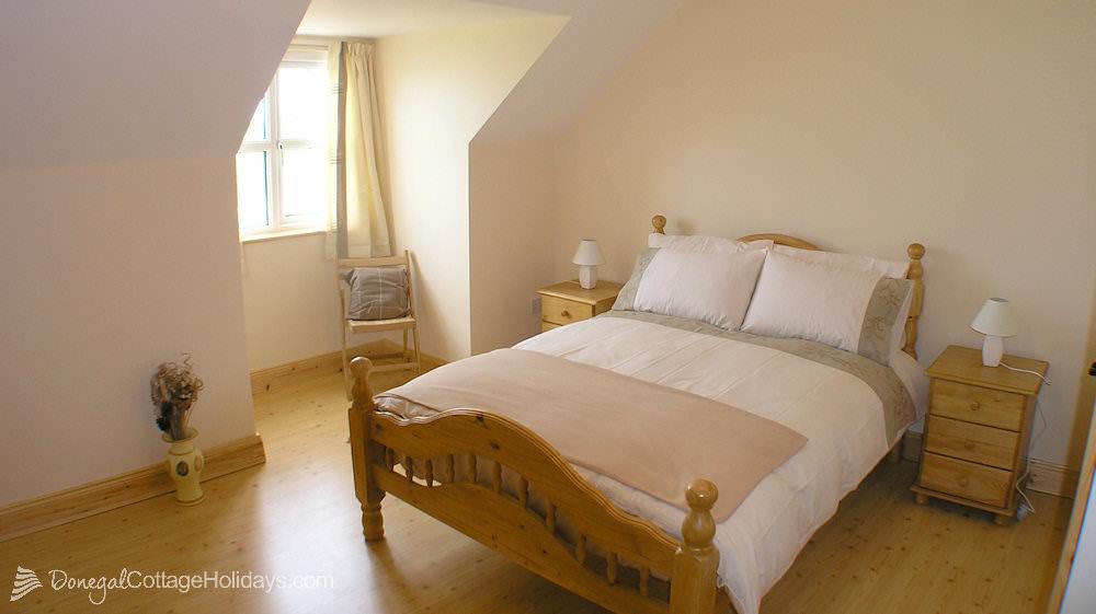 Otway Cottages Donegal - bedroom