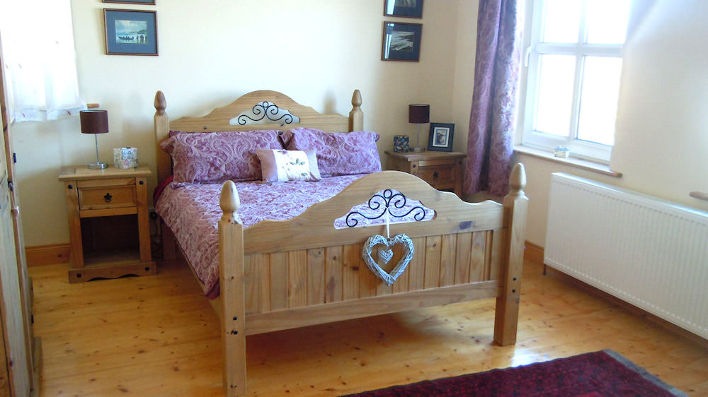 Double bedroom of Sea View Magheroarty