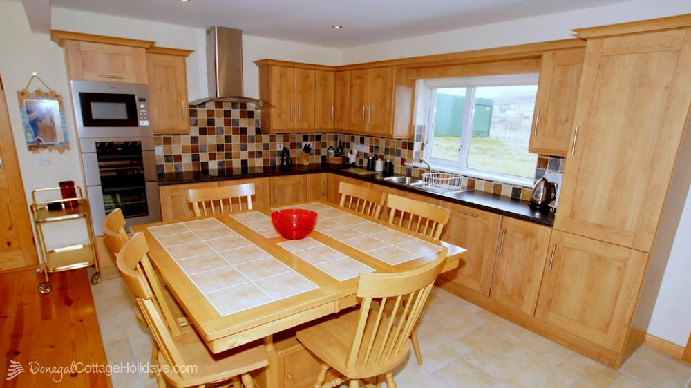 Muckish View Holiday Home - kitchen