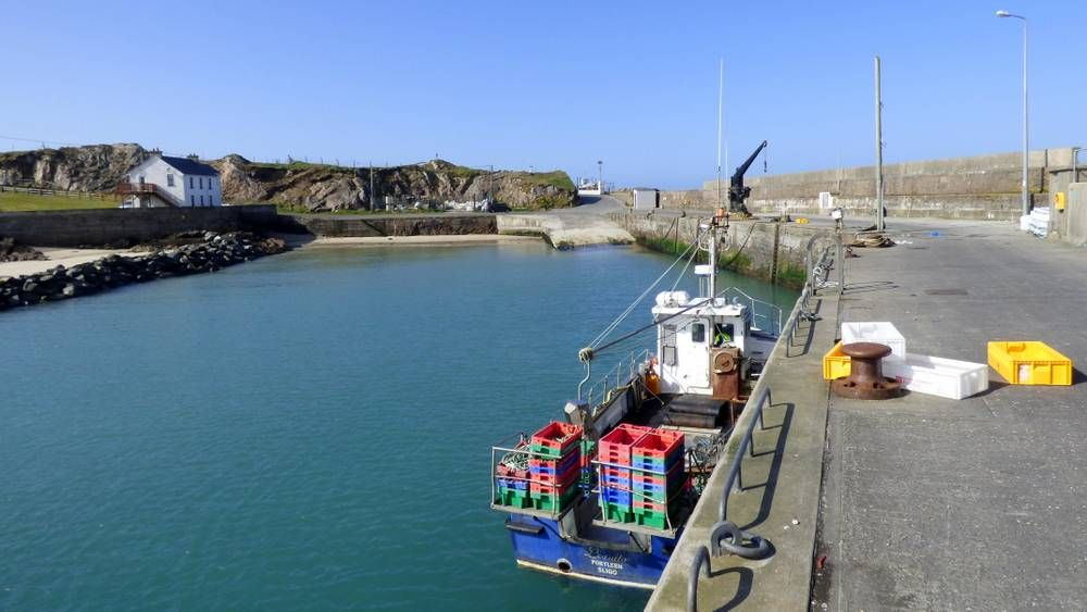 Inish House Malin Head - Portmor Harbour