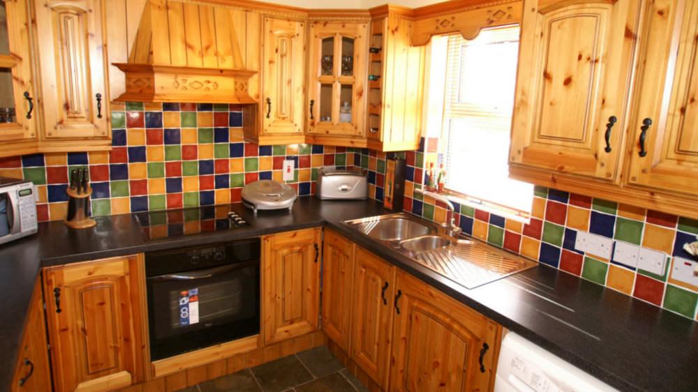Aughrim Cottage Ballyliffin - kitchen