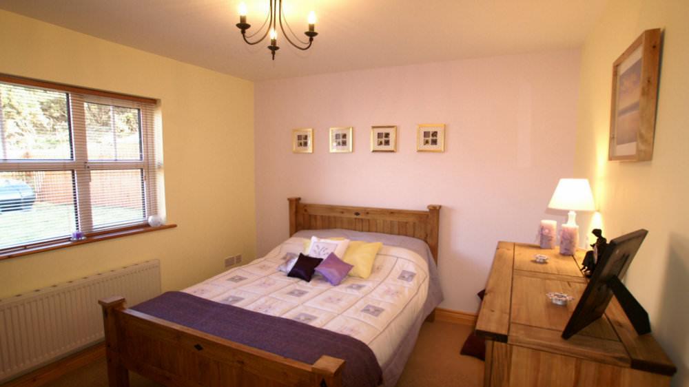 Aughrim Cottage Ballyliffin - bedroom