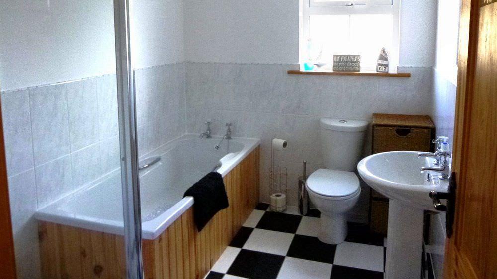 Drum Ard Malin Inishowen - bathroom