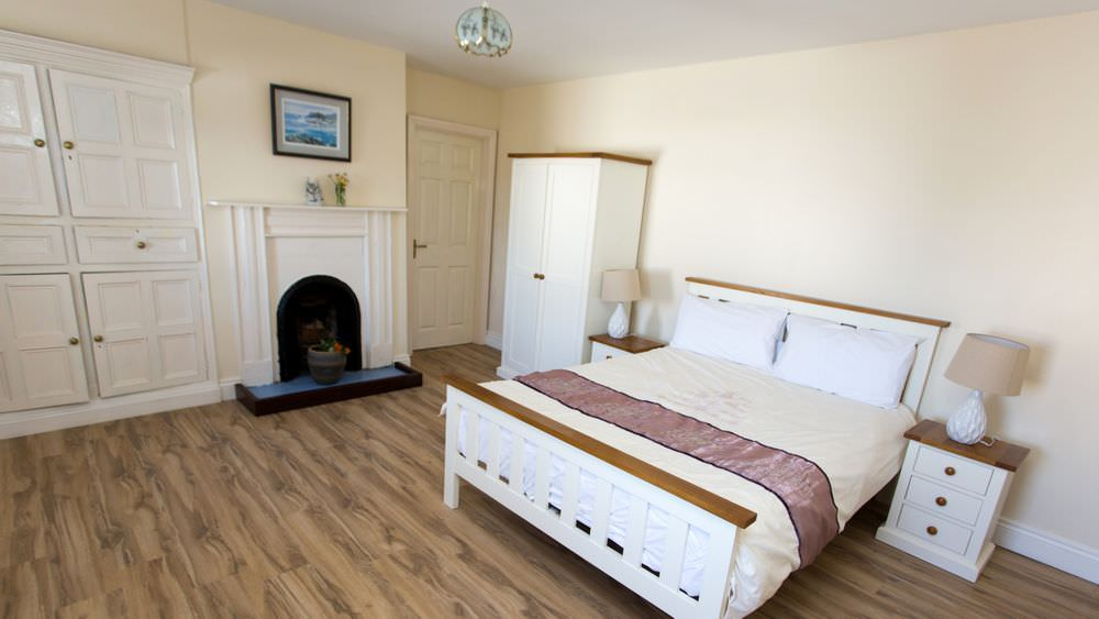 Bedroom - Buliban Cottage Malin Head Inishowen