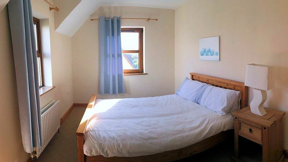 Double bedroom - Crockaulin Drive Greencastle Inishowen