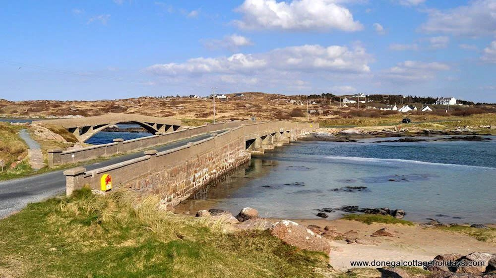 The bridge to Cruit - Cruit Island Cottage