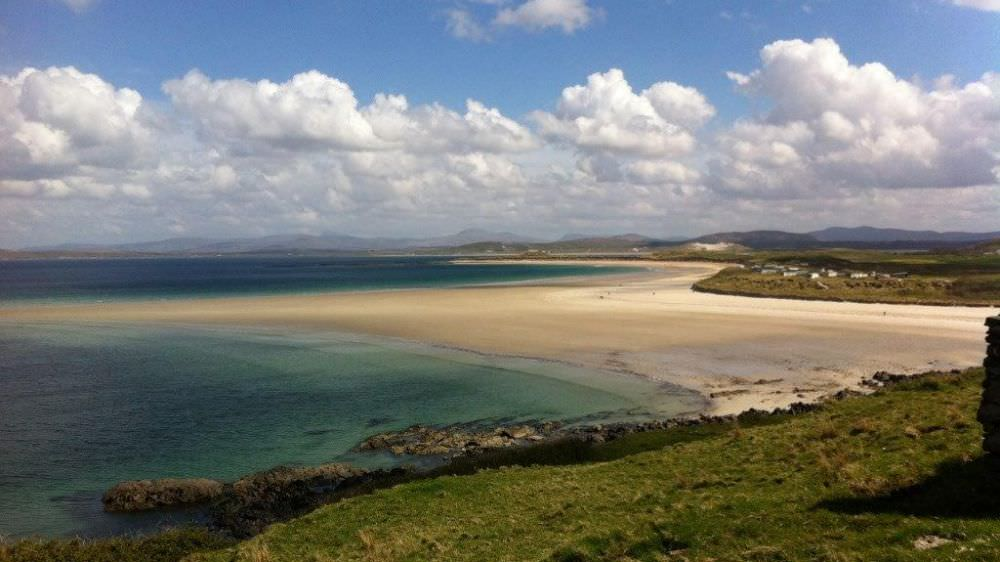 An Turas Holiday Cottage Portnoo - beach at Narin