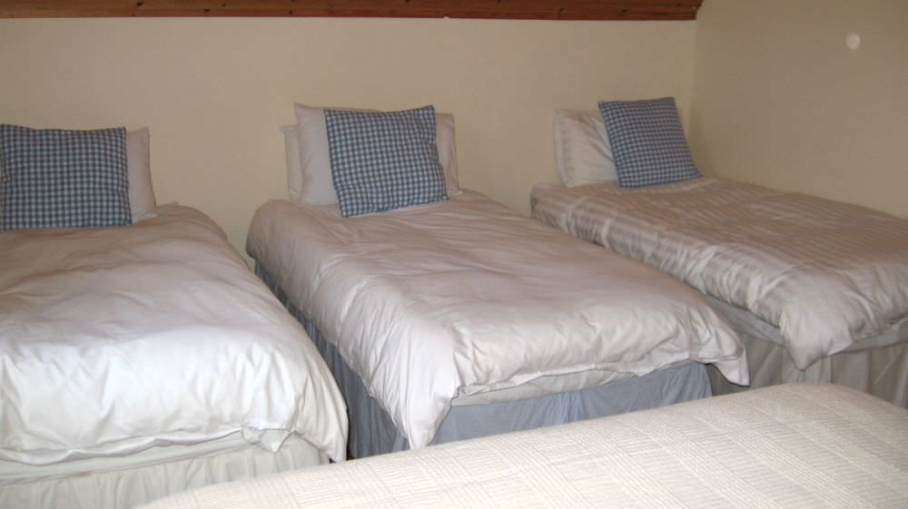 An Turas Holiday Cottage Portnoo - bedroom to sleep 5