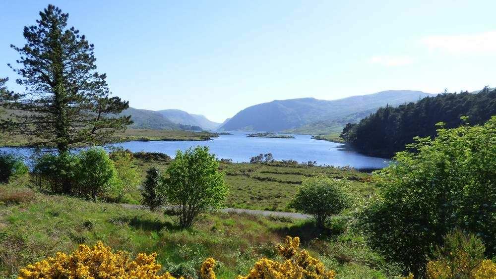 Teach Mhiley Dunlewey - 10 min drive to Glenveagh National Park