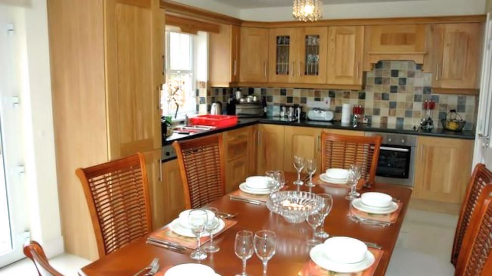 Brooke Cottages Portsalon - kitchen