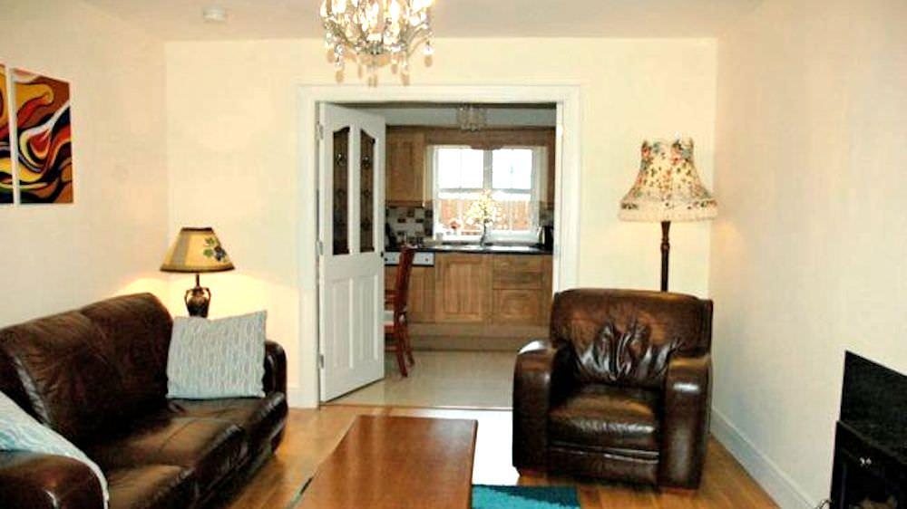 Brooke Cottages Portsalon - living area