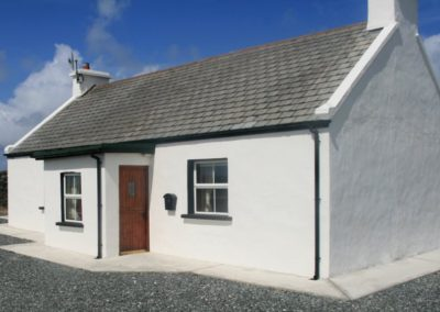 Teach Phaddy Thomais Derrybeg - located in west Donegal