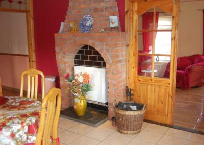 Pebble Cottage Malin Head Inishowen - view of kitchen