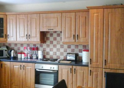 16 Aras Ui Dhomhnaill Milford - fully fitted kitchen