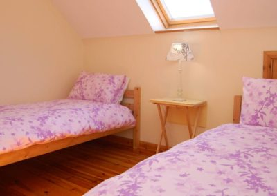 6 Glashedy View Ballyliffin - twin bedroom