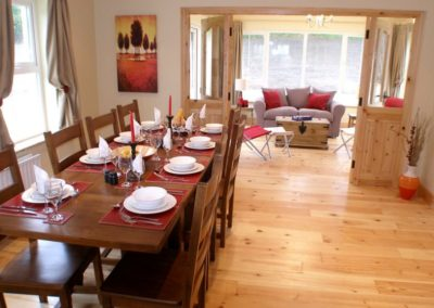Ardglass Cottages Portsalon Donegal - dining area and sunroom