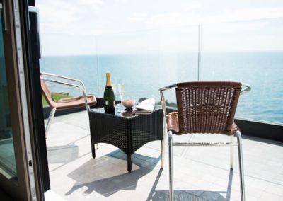 Cloud9 Redcastle Inishowen - bedroom balcony