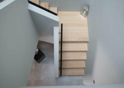 Cloud9 Redcastle Inishowen - stairwell to ground floor