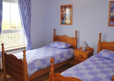 Haven Cottage Dunfanaghy - ground floor twin bedroom