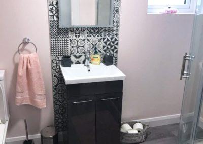 16 Main Street Buncrana Inishowen - shower room