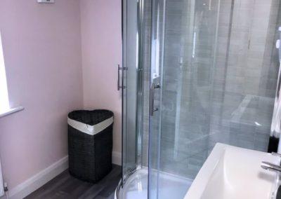 16 Main Street Buncrana Inishowen - shower room on upper floor