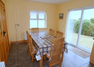 Parkmore Cottage Culdaff - dining area