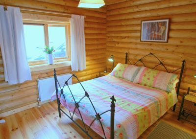 Double bedroom of Inniskill Lodge Rathmullan