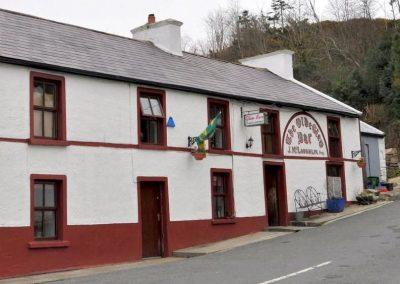 The nearby Olde Glen Bar in Glen village