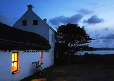 Seaside Thatch Cottage - evening light