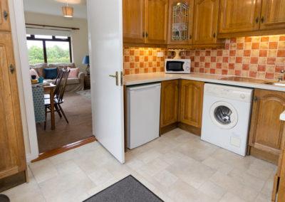 Lenas Lodge - kitchen